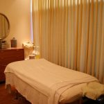 massage room with table